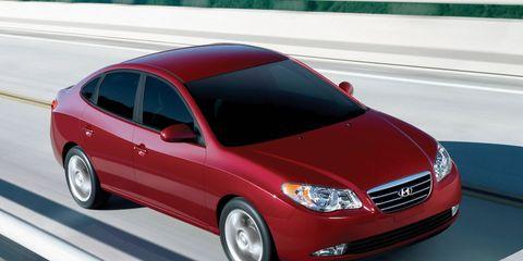 Motor vehicle, Tire, Automotive mirror, Wheel, Mode of transport, Automotive design, Vehicle, Transport, Hood, Automotive tire,