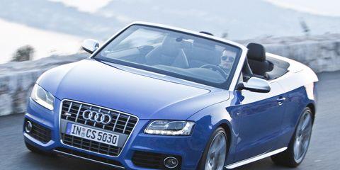Tire, Mode of transport, Automotive design, Vehicle, Transport, Hood, Car, Grille, Automotive mirror, Personal luxury car,