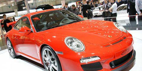Wheel, Automotive design, Vehicle, Car, Performance car, Sports car, Fender, Personal luxury car, Bumper, Alloy wheel,
