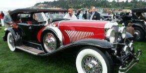 Motor vehicle, Mode of transport, Nature, Vehicle, Automotive design, Photograph, Classic, Classic car, Automotive lighting, Antique car,