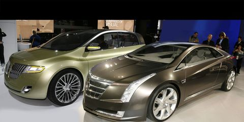 Wheel, Tire, Mode of transport, Automotive design, Vehicle, Land vehicle, Product, Transport, Car, Grille,