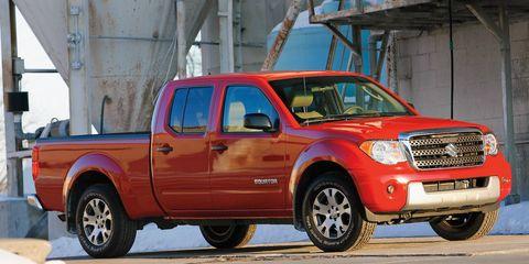 Tire, Wheel, Vehicle, Automotive tire, Land vehicle, Transport, Rim, Fender, Hood, Grille,