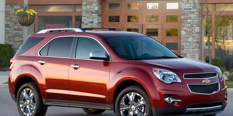 Tire, Wheel, Motor vehicle, Vehicle, Land vehicle, Window, Automotive design, Car, Automotive tire, Rim,