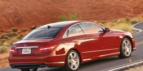 Tire, Wheel, Automotive design, Vehicle, Alloy wheel, Rim, Car, Automotive tire, Automotive wheel system, Personal luxury car,