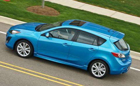 tire, wheel, mode of transport, blue, automotive design, vehicle, land vehicle, automotive mirror, car, rim,