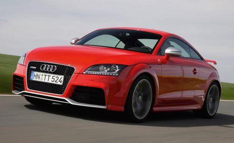 Automotive design, Automotive mirror, Vehicle, Red, Car, Rim, Hood, Alloy wheel, Automotive lighting, Bumper,