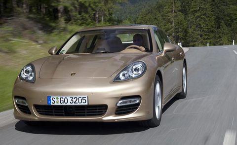 Mode of transport, Automotive design, Vehicle, Land vehicle, Headlamp, Car, Performance car, Automotive lighting, Rim, Hood,