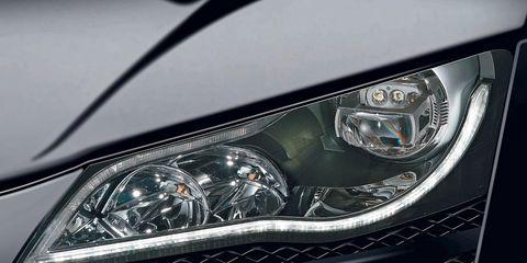 Automotive design, Automotive lighting, Headlamp, Automotive exterior, Grille, Hood, Car, Personal luxury car, Automotive parking light, Light,