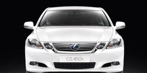 Motor vehicle, Mode of transport, Automotive design, Automotive mirror, Product, Daytime, Glass, Vehicle, Automotive lighting, Transport,