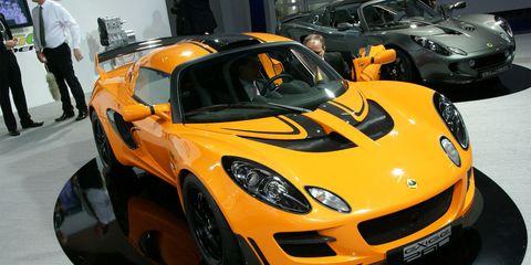 Automotive design, Vehicle, Land vehicle, Headlamp, Performance car, Car, Hood, Sports car, Supercar, Auto show,