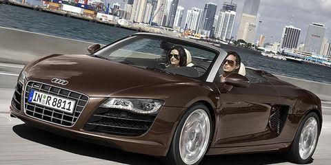 Tire, Wheel, Automotive design, Mode of transport, Vehicle, Land vehicle, Car, Grille, Personal luxury car, Rim,