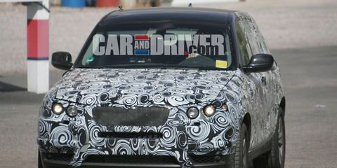 Automotive design, Vehicle, Land vehicle, Automotive lighting, Automotive exterior, Car, Headlamp, Automotive tire, Automotive decal, Hood,