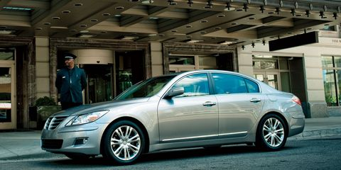 Tire, Wheel, Vehicle, Automotive design, Land vehicle, Alloy wheel, Automotive lighting, Car, Rim, Spoke,