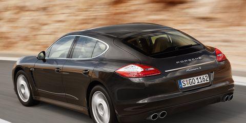 Tire, Automotive design, Vehicle, Car, Porsche panamera, Fender, Vehicle registration plate, Automotive tire, Rim, Automotive lighting,