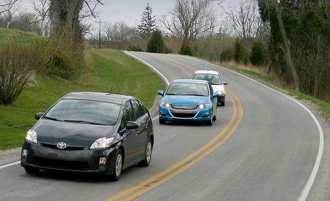 motor vehicle, tire, wheel, road, mode of transport, automotive design, vehicle, land vehicle, transport, infrastructure,