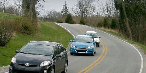 2010 Honda Insight Vs 2010 Toyota Prius 1998 Chevy Metro 8211