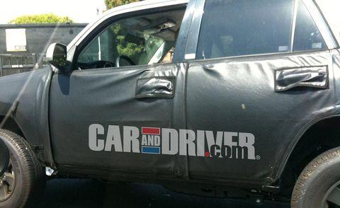 Motor vehicle, Vehicle, Automotive tire, Automotive exterior, Land vehicle, Car, Vehicle door, Fender, Automotive wheel system, Rim,
