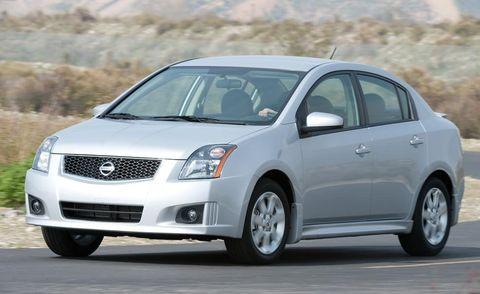 Motor vehicle, Automotive mirror, Mode of transport, Product, Daytime, Vehicle, Transport, Glass, Automotive design, Land vehicle,