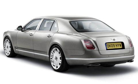 Vehicle, Bentley mulsanne, Car, Vehicle registration plate, Bentley, Rim, Luxury vehicle, Black, Alloy wheel, Automotive lighting,