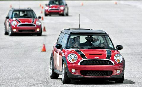 Automotive design, Vehicle, Land vehicle, Car, Grille, Mini cooper, Motorsport, Hood, Hatchback, Performance car,