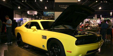 Tire, Motor vehicle, Automotive design, Vehicle, Yellow, Automotive tire, Land vehicle, Performance car, Car, Fender,