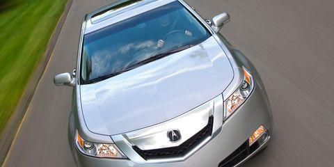 Motor vehicle, Mode of transport, Automotive design, Vehicle, Automotive exterior, Automotive mirror, Transport, Glass, Land vehicle, Automotive lighting,