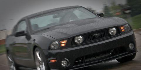 Automotive design, Vehicle, Automotive lighting, Hood, Headlamp, Automotive exterior, Automotive tire, Car, Grille, Rim,