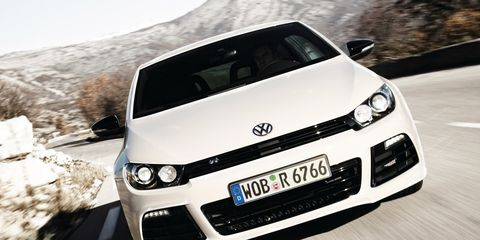 Motor vehicle, Automotive design, Vehicle, Automotive exterior, Headlamp, Land vehicle, Automotive lighting, Car, Hood, Grille,