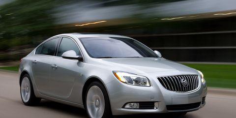 Mode of transport, Vehicle, Automotive design, Transport, Automotive lighting, Land vehicle, Infrastructure, Automotive mirror, Headlamp, Car,