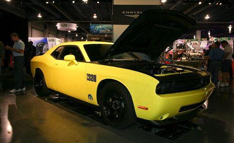Tire, Motor vehicle, Automotive design, Vehicle, Yellow, Land vehicle, Automotive tire, Performance car, Car, Fender,