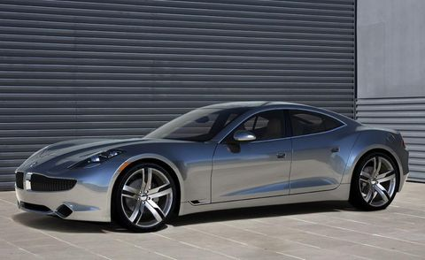 Tire, Wheel, Automotive design, Vehicle, Rim, Car, Performance car, Alloy wheel, Sports car, Automotive lighting,