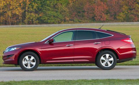 Tire, Wheel, Vehicle, Automotive design, Red, Car, Fender, Alloy wheel, Rim, Mid-size car,