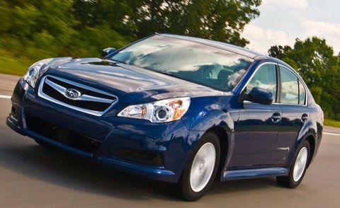 Tire, Daytime, Vehicle, Automotive design, Automotive mirror, Automotive lighting, Glass, Land vehicle, Headlamp, Car,