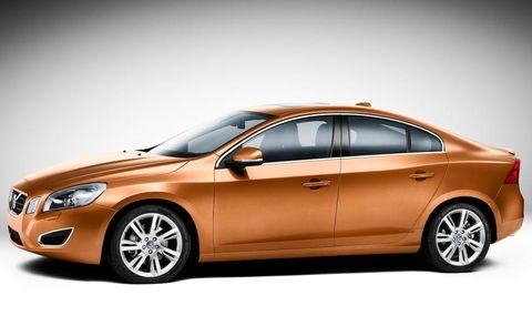 Tire, Wheel, Mode of transport, Automotive design, Vehicle, Product, Automotive mirror, Rim, Car, Automotive lighting,
