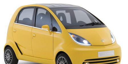 Tire, Motor vehicle, Automotive mirror, Wheel, Mode of transport, Automotive design, Transport, Yellow, Vehicle, Automotive wheel system,
