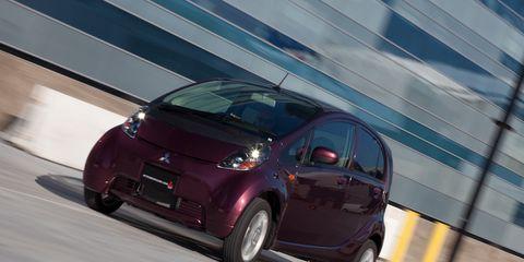 2009 Mitsubishi i AWD –