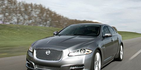 Tire, Automotive design, Vehicle, Land vehicle, Car, Transport, Rim, Grille, Headlamp, Hood,