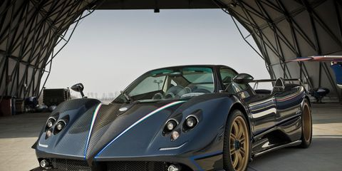 Mode of transport, Automotive design, Vehicle, Land vehicle, Headlamp, Car, Rim, Performance car, Supercar, Automotive lighting,