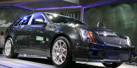 Tire, Wheel, Automotive design, Vehicle, Land vehicle, Car, Automotive lighting, Alloy wheel, Fender, Rim,