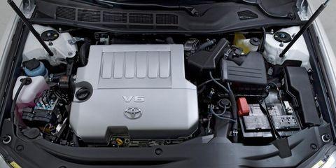 Automotive design, Engine, Car, Automotive exterior, Automotive engine part, Luxury vehicle, Personal luxury car, Automotive air manifold, Hood, Automotive super charger part,
