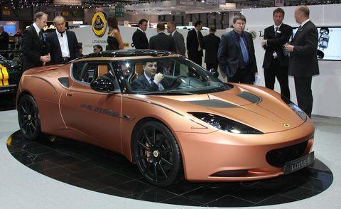 Tire, Motor vehicle, Wheel, Mode of transport, Automotive design, Vehicle, Land vehicle, Event, Performance car, Headlamp,