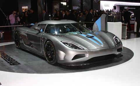 Automotive design, Vehicle, Car, Performance car, Headlamp, Supercar, Fender, Auto show, Sports car, Exhibition,