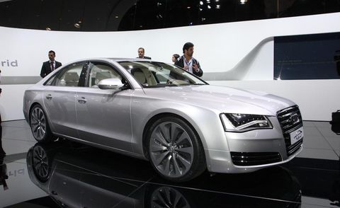 Tire, Wheel, Automotive design, Vehicle, Car, Alloy wheel, Personal luxury car, Audi, Luxury vehicle, Mid-size car,
