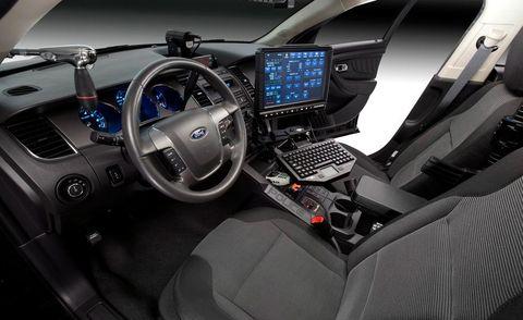 Motor vehicle, Steering part, Automotive design, Vehicle audio, Electronic device, Steering wheel, Automotive mirror, Gps navigation device, Center console, Technology,