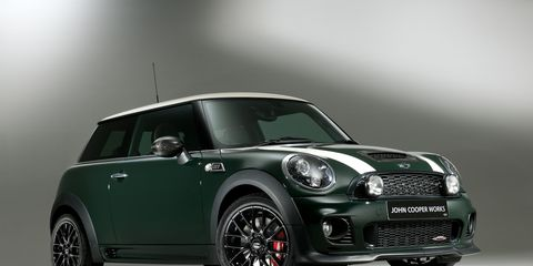 Automotive design, Vehicle, Automotive exterior, Vehicle door, Automotive lighting, Car, Hood, Alloy wheel, Glass, Rim,