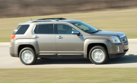 Tire, Wheel, Automotive tire, Vehicle, Infrastructure, Rim, Car, Landscape, Technology, Fender,