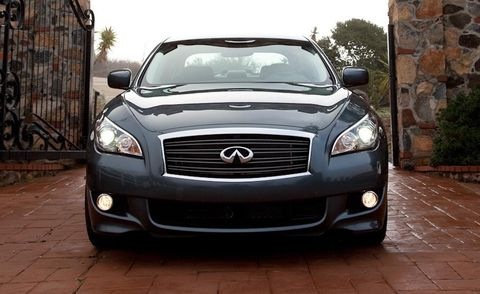 Automotive design, Vehicle, Headlamp, Hood, Land vehicle, Automotive lighting, Grille, Car, Glass, Automotive exterior,