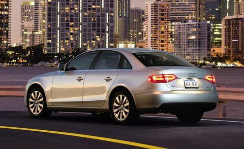 Tire, Wheel, Mode of transport, Automotive design, Vehicle, Automotive lighting, Land vehicle, Vehicle registration plate, Automotive mirror, Rim,