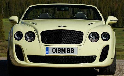 Automotive design, Mode of transport, Vehicle, Grille, Headlamp, Car, Automotive mirror, Automotive lighting, Bentley, Performance car,