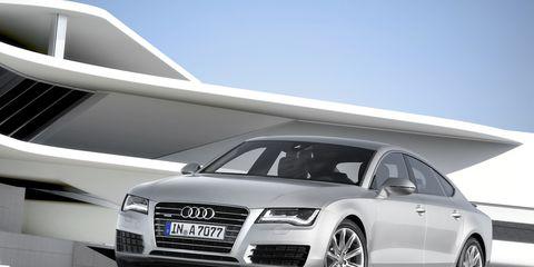 Tire, Wheel, Automotive design, Vehicle, Vehicle registration plate, Grille, Car, Rim, Headlamp, Alloy wheel,